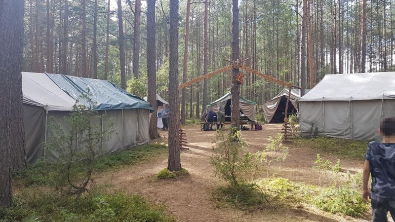 Obóz przed zniszczeniem