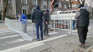 Wojewoda zamknął ulicę przed ambasadą Izraela. Narodowcy rezygnują